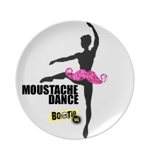 ballerina_moustache_party_plate-r7734067173c2403f85512d07fbd464e2_ambb0_8byvr_512